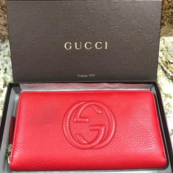 f945d26758e4f7 Gucci Handbags - Gucci women's red leather wallet